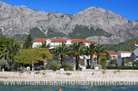 apartments on the beach in Zaostrog - private accommodation